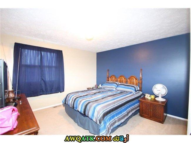 غرفة نوم خشب زان زرقاء