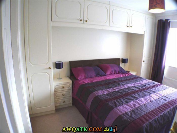 غرفة نوم روعة باللون الموف