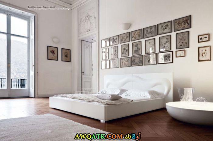غرفة نوم مودرن بيضاء