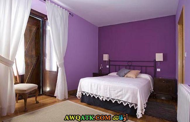 غرفة نوم جميلة باللون الموف