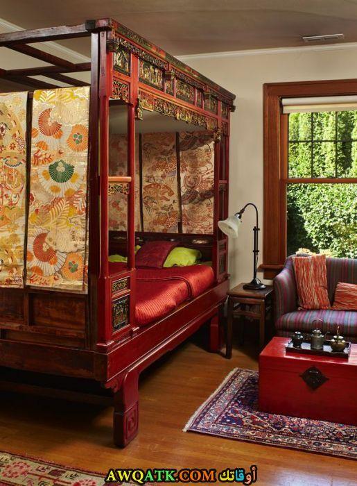 غرفة نوم باللون الأحمر شيك وروعة