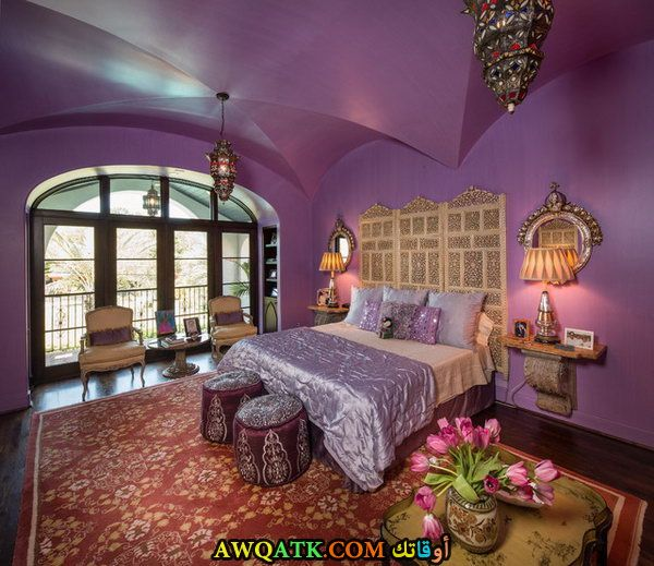 غرفة نوم رائعة باللون الموف
