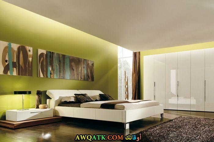 غرفة نوم عصرية خضراء