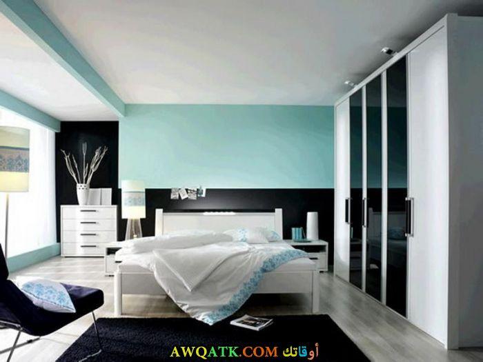 غرفة نوم سوداء رائعة