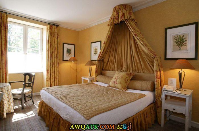 غرفة نوم بيج جميلة جداً