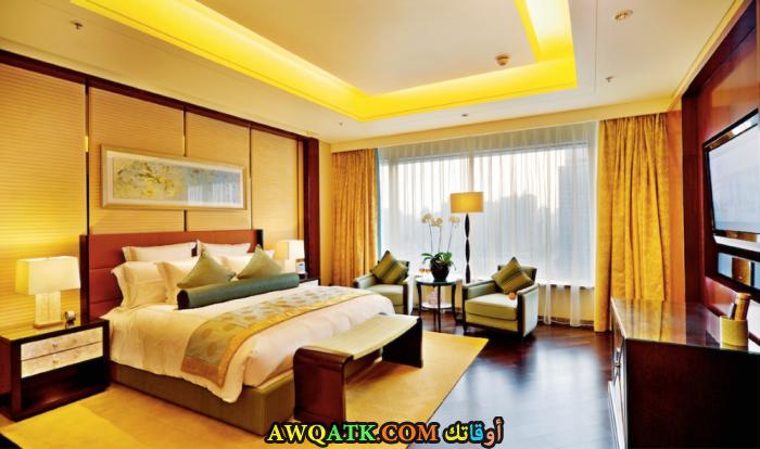 غرفة نوم صفراء جميلة جداً