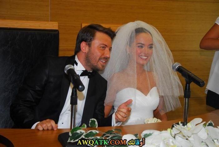 صورة من حفل زفاف ﺗﻮﻟﻐﺎ ﺟﻮﻟﻴﺘﺶ