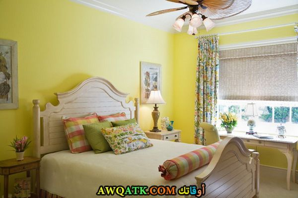 غرفة نوم جميلة صفراء