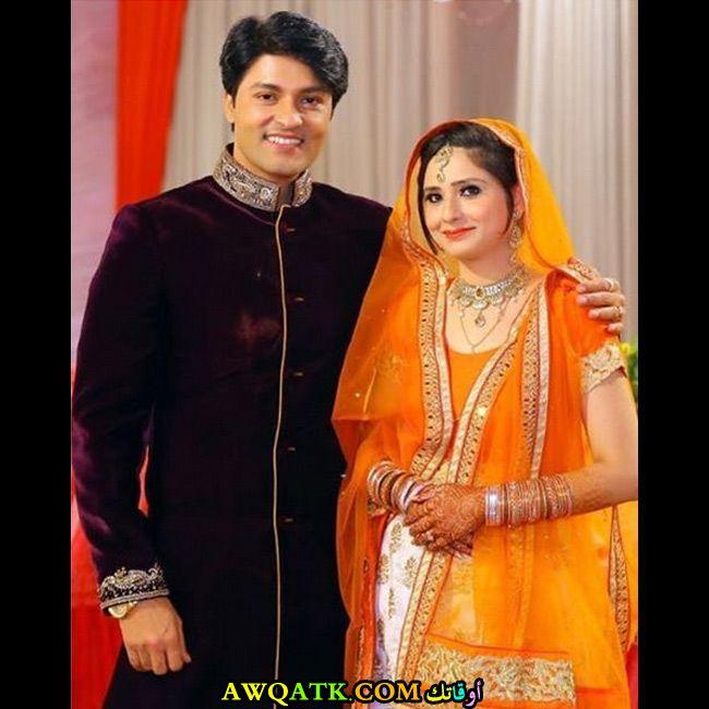 صورة الفنان الهندي أنس رشيد وزوجته