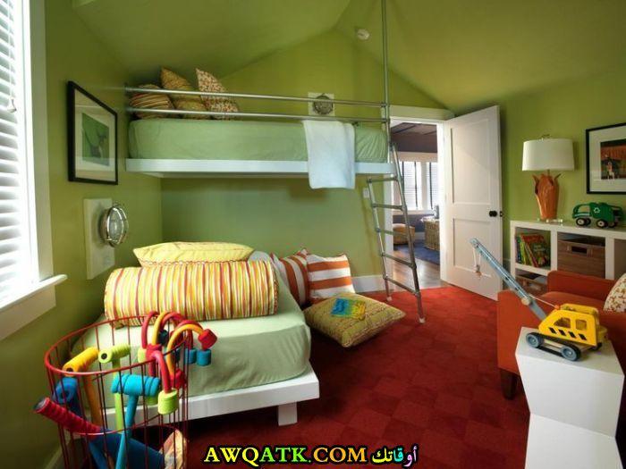 غرفة نوم أطفال باللون الأخضر روعة