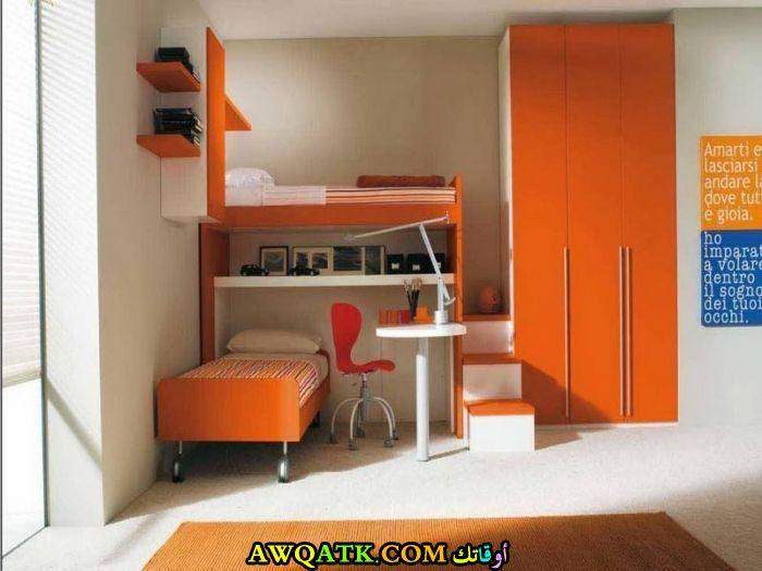 غرفة نوم سادة رائعة