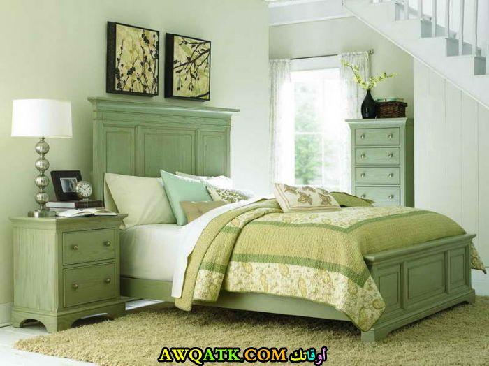 غرفة نوم باللون الأخضر روعة 2017