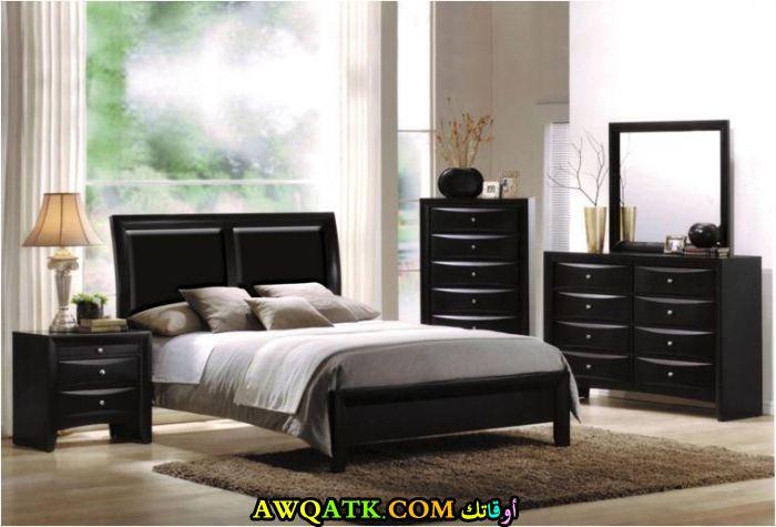 غرفة نوم سوداء شيك