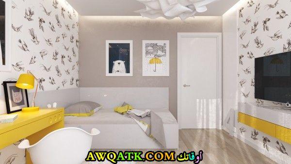 غرفة نوم رائعة باللون الأبيض