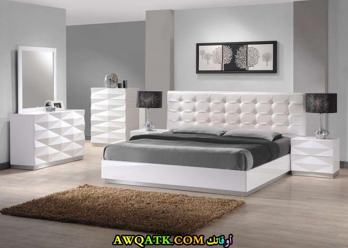 غرفة نوم رائعة وجديدة