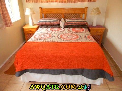 غرفة نوم برتقالية اللون شيك وروعة
