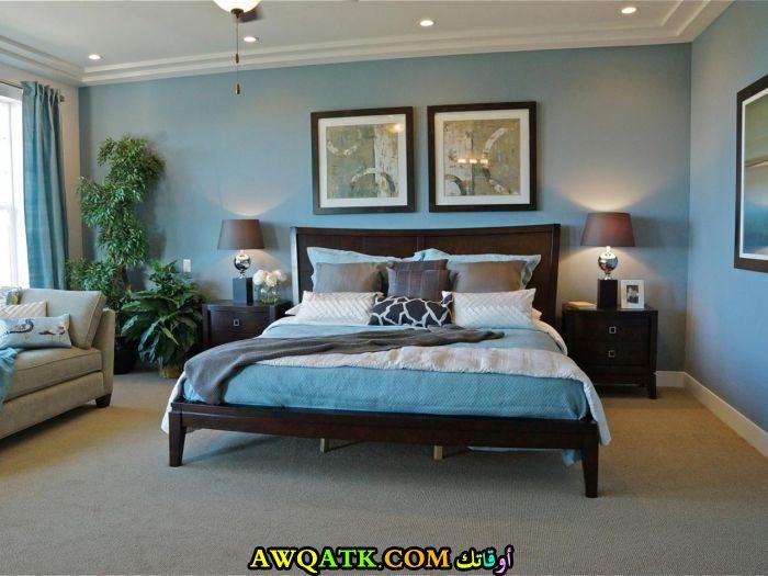 غرفة نوم شيك باللون اللبني
