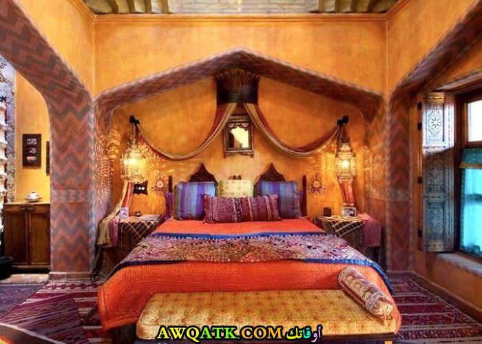 غرفة نوم برتقالية شيك وروعة