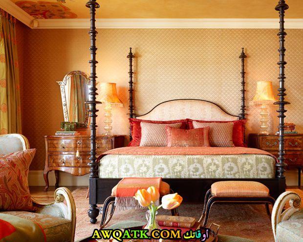 غرفة نوم برتقالية شيك وجديدة