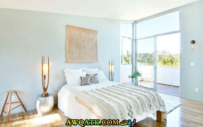 غرفة نوم بيضاء شيك وروعة