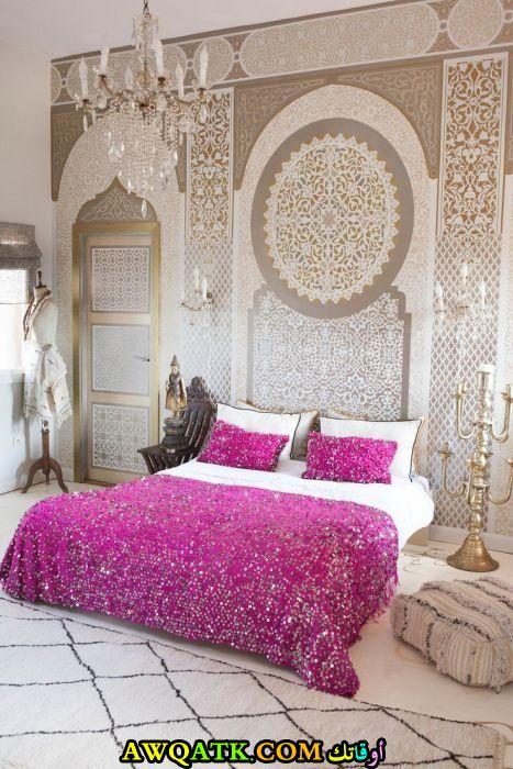 غرفة نوم بينك جميلة