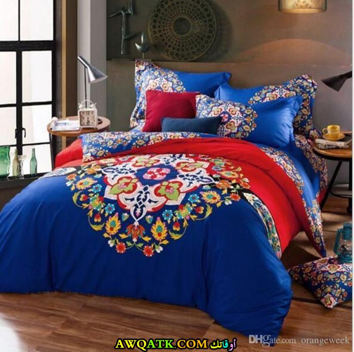 غرفة نوم باللون الأزرق جميلة
