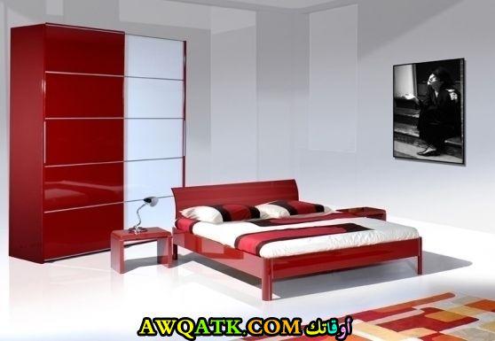 غرفة نوم مودرن كاملة باللون الأحمر