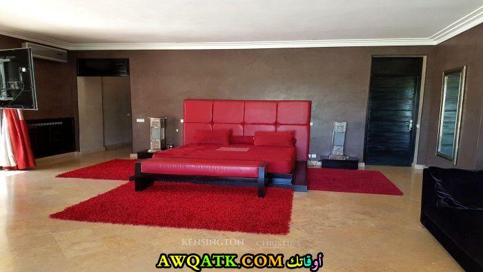 غرفة نوم باللون الأحمر 2017