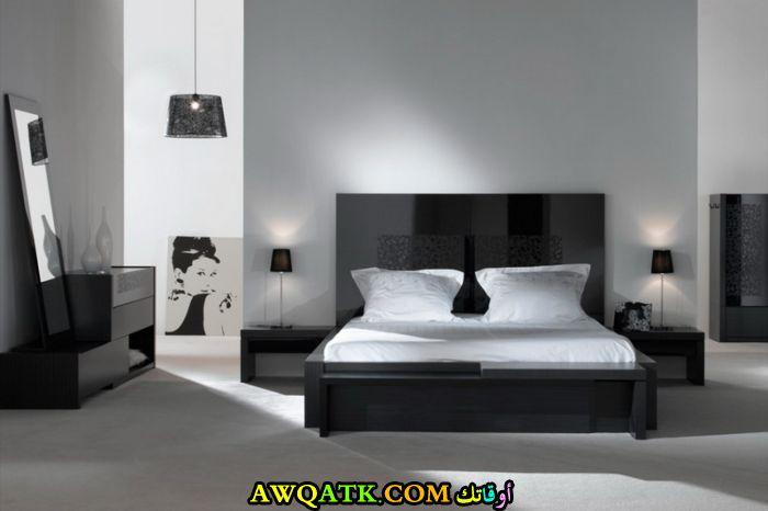 غرفة نوم سوداء مودرن جميلة جداً