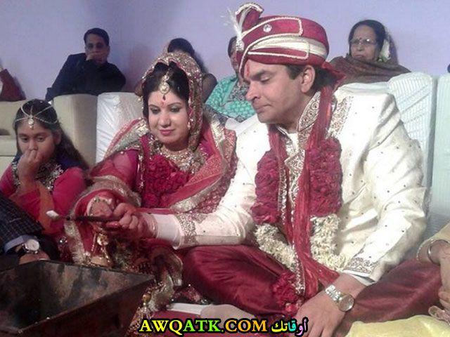 صورة للفنان راجا تشودري وزوجته