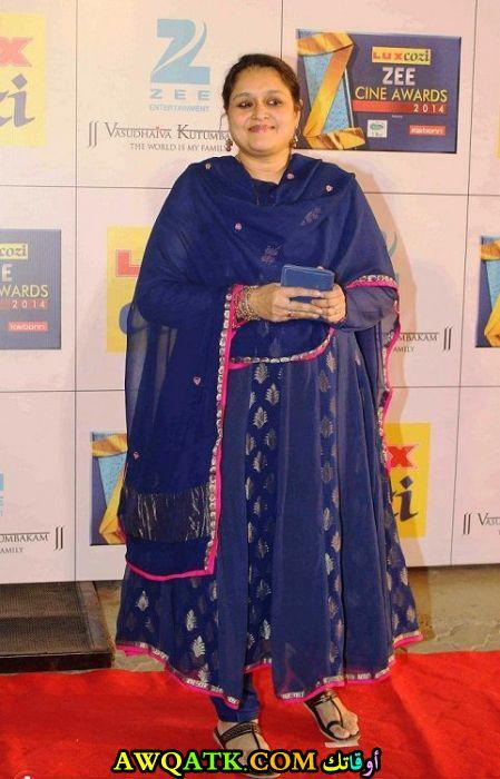 بوستر الفنانة الهندية سوبريا باثاك