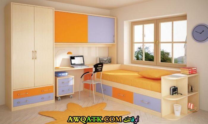 غرفة نوم ايكيا باللون البرتقالي