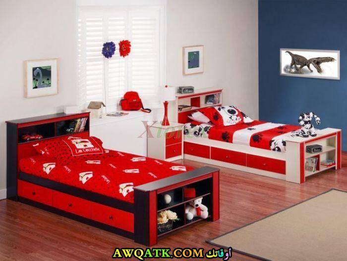 غرفة نوم حمراء رائعة وجميلة
