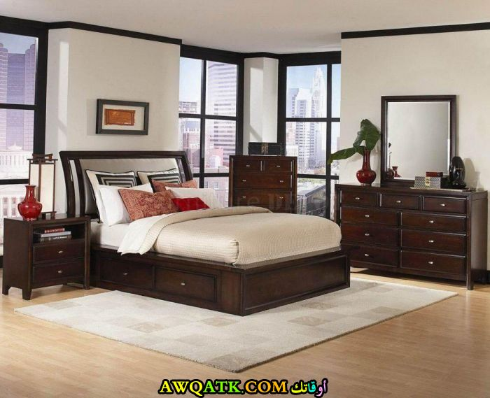 غرفة نوم روعة بنية اللون