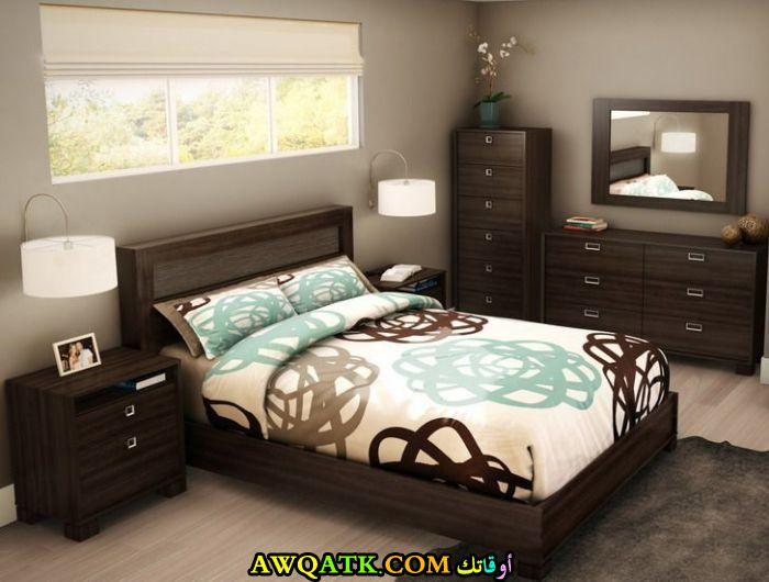 غرفة نوم للعرسان تناسب المساحة الصغيرة