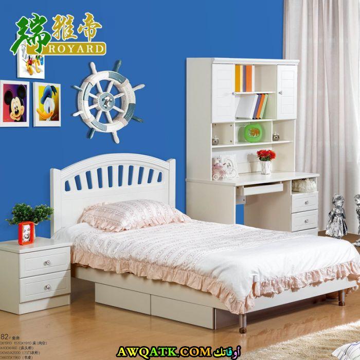 غرفة نوم صيني بيضاء
