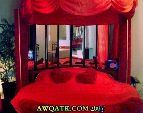 غرفة نوم جميلة علي شكل قلب