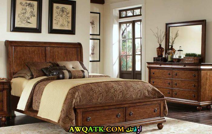 غرفة نوم علي طراز قديم رائعة