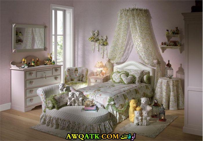 غرفة نوم علي طراز قديم شيك جداً