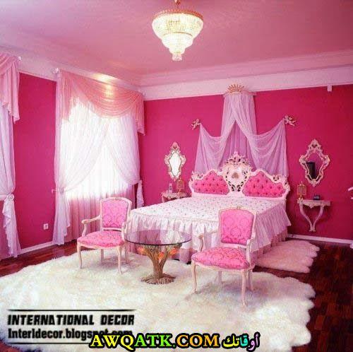غرفة نوم فخمة للبنات باللون البينك