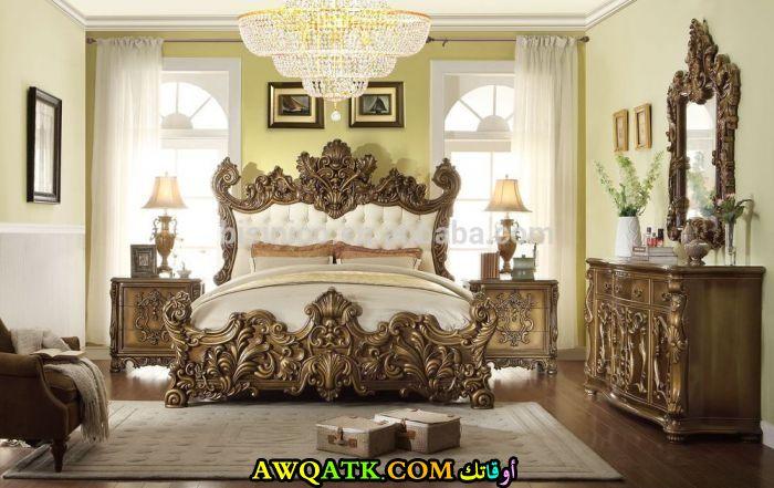 غرفة نوم جميلة جداً للقصور