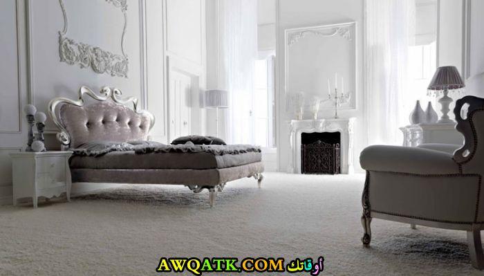 غرفة نوم فخمة ورائعة