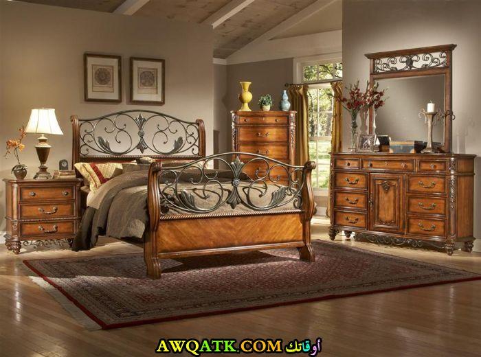غرفة نوم فورجيه جميلة جداً