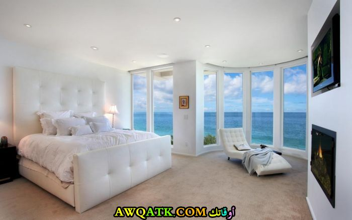 غرفة نوم بيضاء روعة