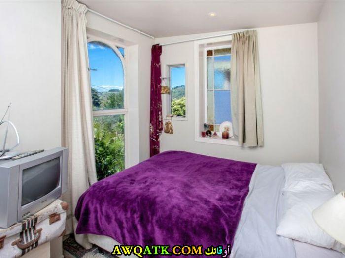 غرفة نوم شيك جداً باللون الموف