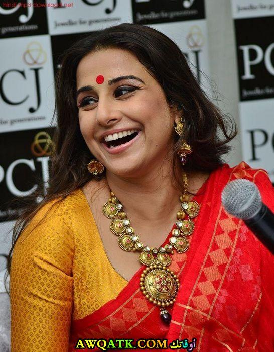 أحدث صورة للفنانة الهندية فيديا بالانأحدث صورة للفنانة الهندية فيديا بالان