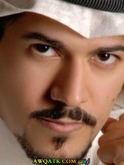 أحدث صورة للفنان السعودي عبد الله الحسن