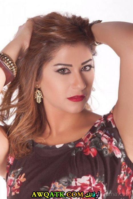 صورة جديدة للنجمة المصرية إنجي شرف