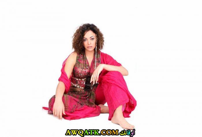 أحلى وأروع بوستر للفنانة المصرية الجميلة داليا البحيري