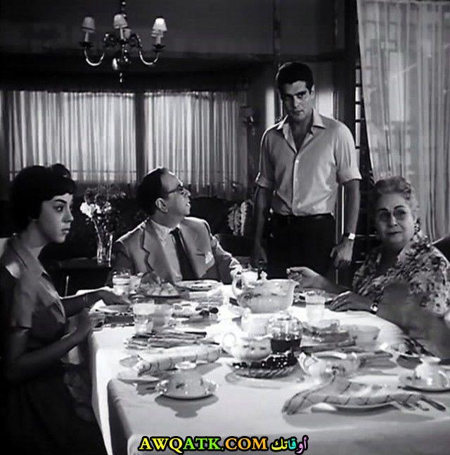 صورة الفنانة المصرية دولت أبيض داخل عمل